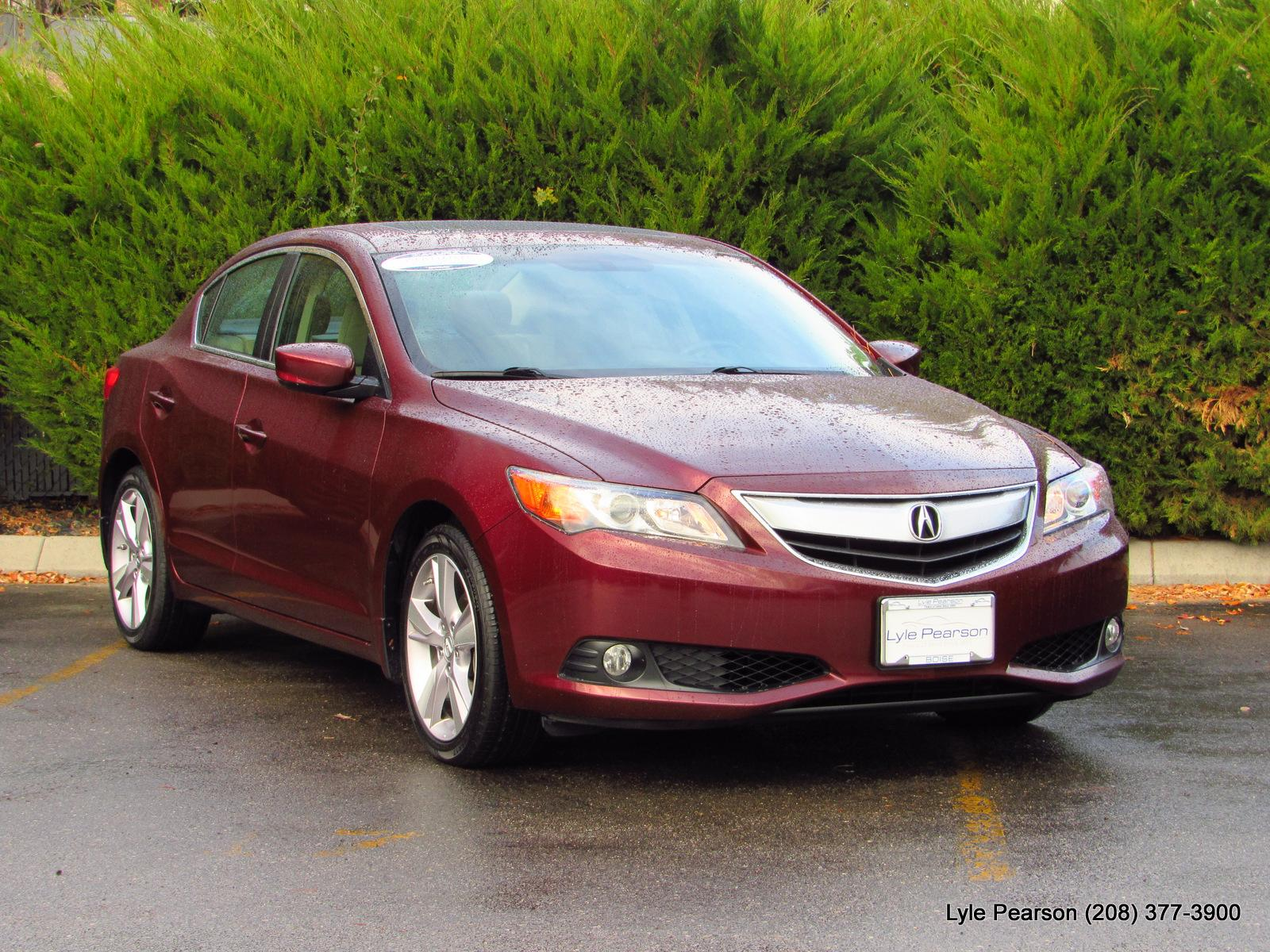 Certified Pre-Owned 2013 Acura ILX 4dr Sdn 2.0L Premium Pkg