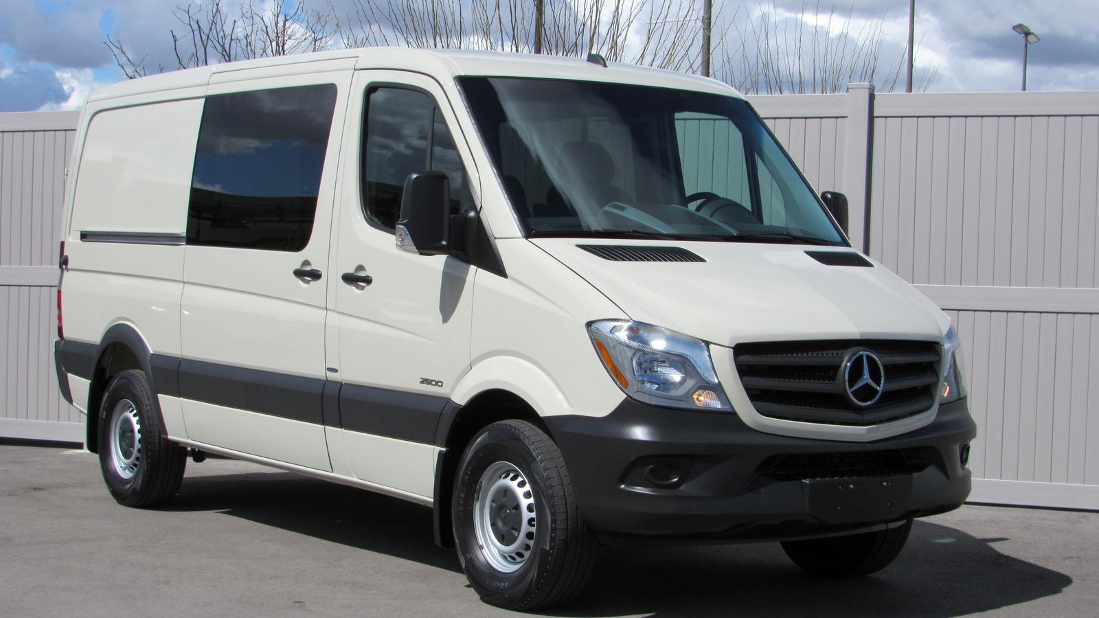 c59c21938f Pre-Owned 2016 Mercedes-Benz Sprinter Crew RWD 2500 144 Full-size ...