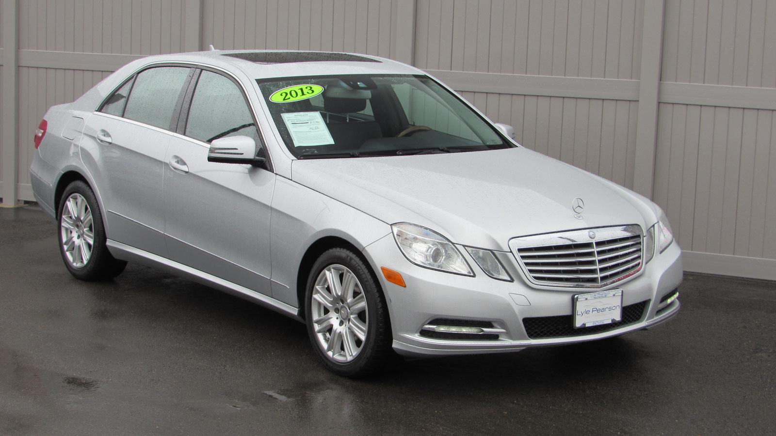 Pre-Owned 2013 Mercedes-Benz E-Class 4dr Sdn E 350 Luxury 4MATIC® *Ltd Av