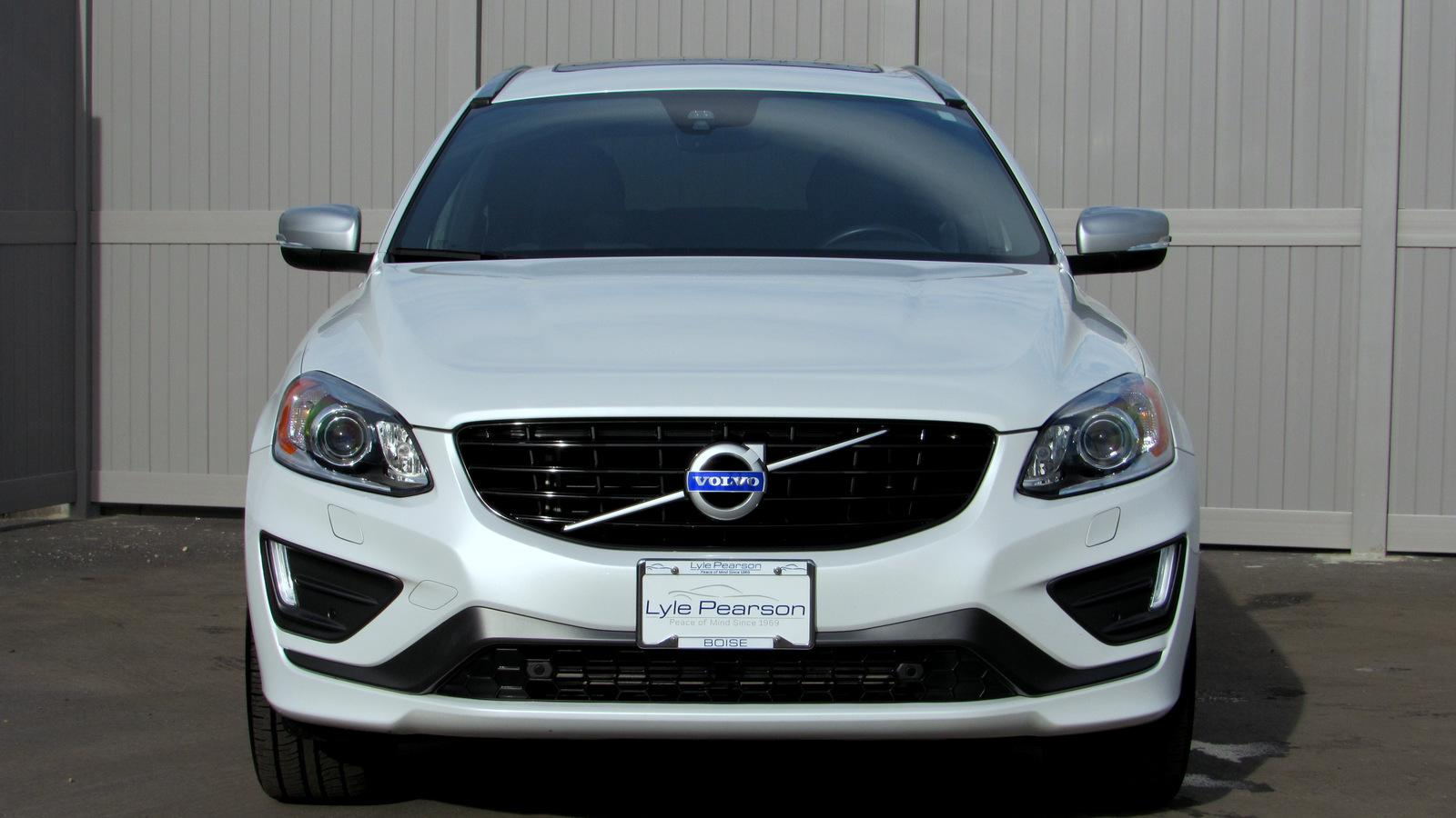 Certified Pre-Owned 2016 Volvo XC60 AWD 4dr T6 Drive-E R-Design