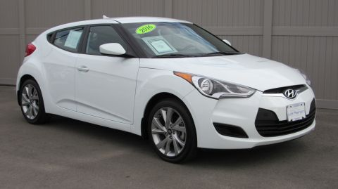 Pre-Owned 2016 Hyundai Veloster 3dr Cpe Auto