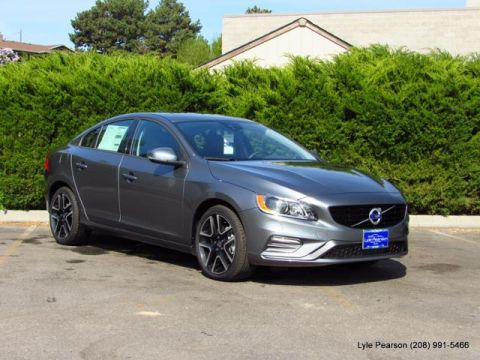 New 2018 Volvo S60 T5 AWD Dynamic