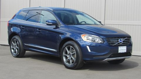 Certified Pre-Owned 2015 Volvo XC60 2015.5 AWD 4dr T6 Platinum
